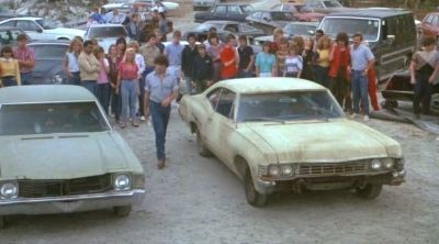"Carreras ilegales de coches en ""Chico Celestial"" (""Heavenly Kid"", 1985)"