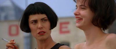 """Michelle Forbes y Juliette Lewis en """"Kalifornia"""" (1993)"""