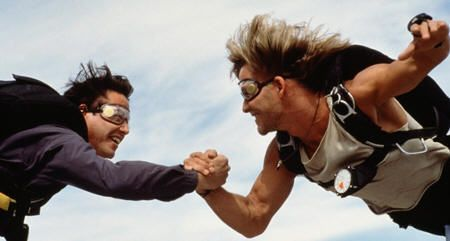 """Keanu Reeves y Patrick Swayze en """"Le Llaman Bodhi"""" (""""Point Break"""", 1991)"""