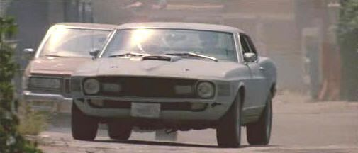 "Ford Mustang Mach-1 de 1970 en ""Le Llaman Bodhi"" (""Point Break"", 1991)"