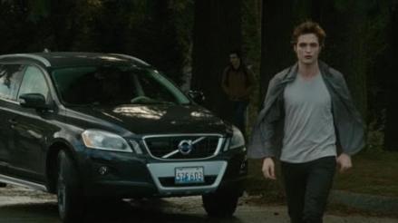"""Edward Cullen y su Volvo. """"Luna Nueva"""" (""""New Moon"""", 2009)"""