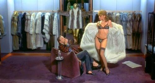 "Kim Cattrall en ""Maniquí"" (""Mannequin"", 1987)"