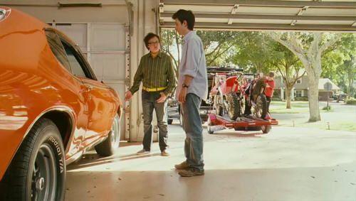 """Robando el Pontiac GTO del '69 a su hermano en """"Sex Drive"""" (2008)"""