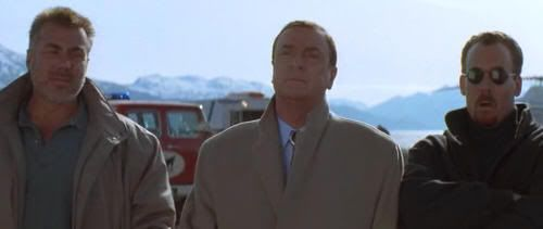 "Michael Caine en ""En Tierra Peligrosa"" (""On Deadly Ground"", 1994)"