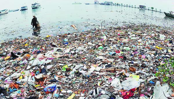 tumpukan-sampah-plastik