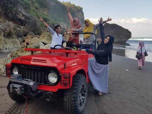jeep parangtritis