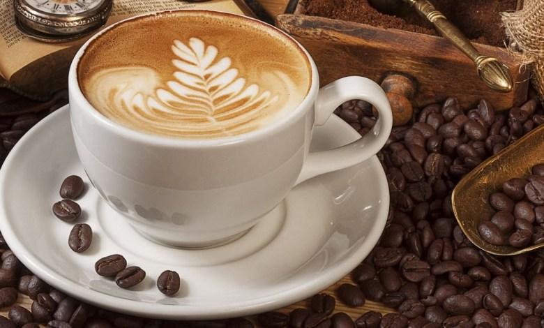 لماذا قد يرغب البعض في النوم مباشرة بعد شرب القهوة؟