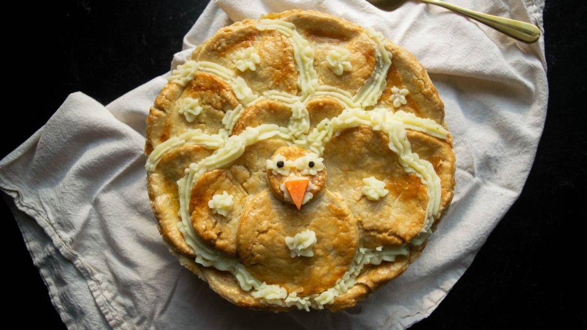 Thanksgiving Leftover Gobbler Pie