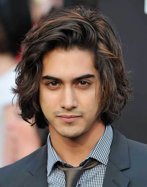 long hairstyle for men chin length style