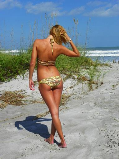 seazen-swimsuit-rear-web