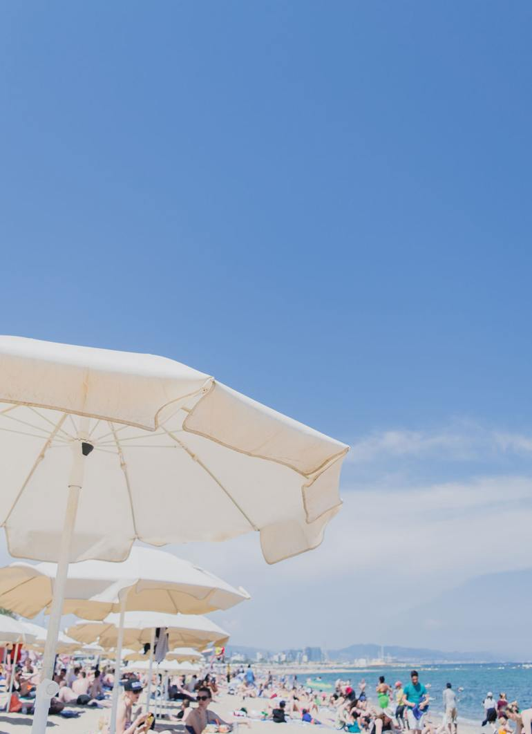 Things to do in Barcelona - Barceloneta Beach