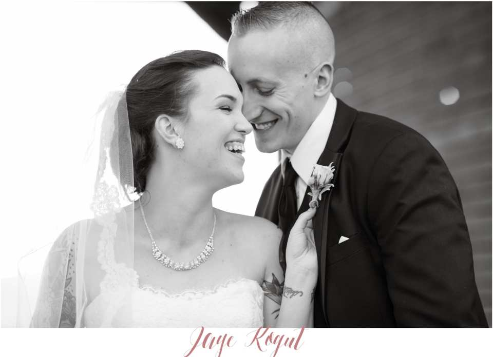 black and white wedding photos, photojournalistic wedding photographer