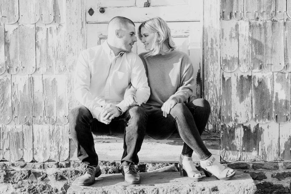 black and white couples photos, rustic engagement locations in NJ