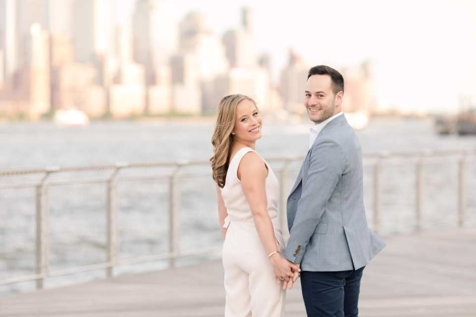 nyc skyline engagement photo