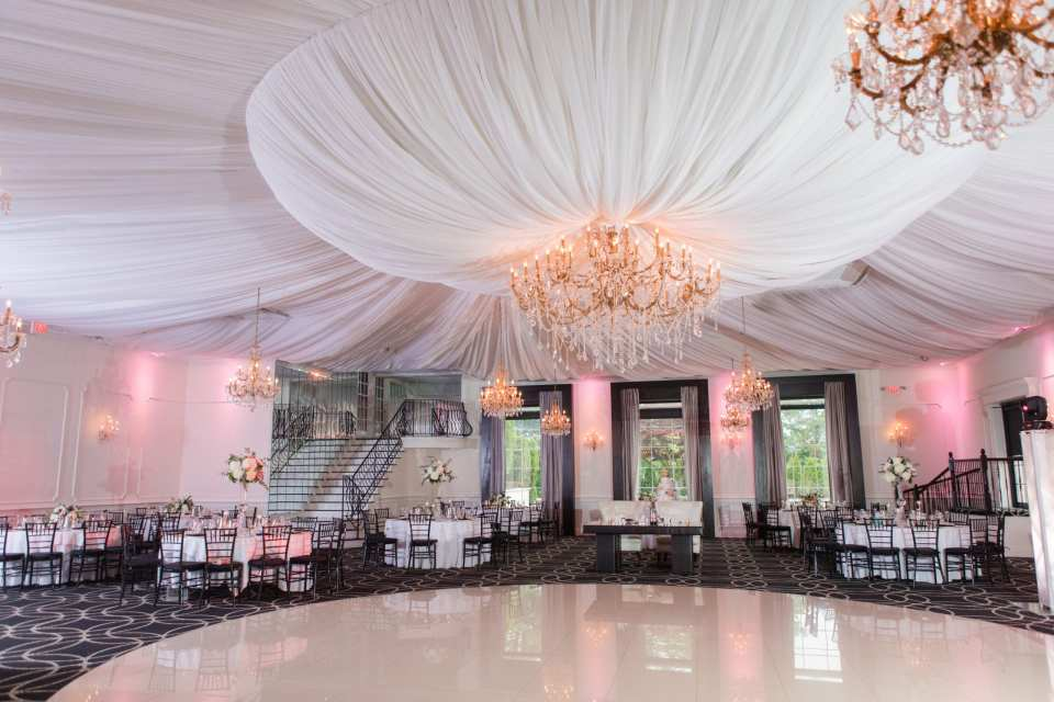 The Gramercy at Lakeside Manor