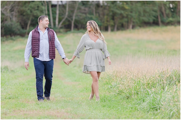 outdoor farm engagement photo, Longstreet Farms engagement photos, NJ wedding photographer