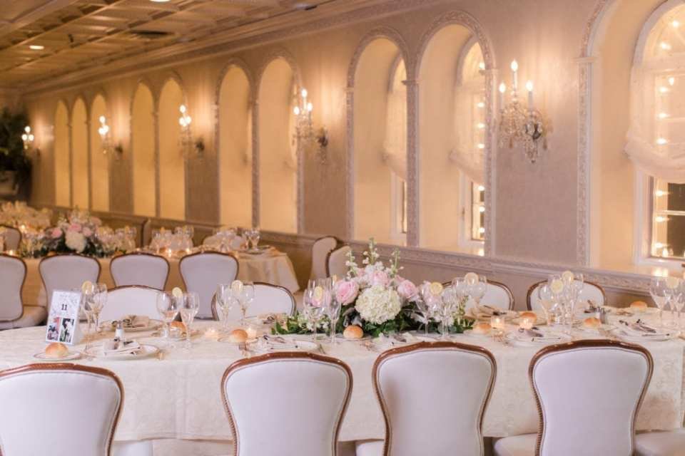Wedding details: the reception room at Nanina's in the Park