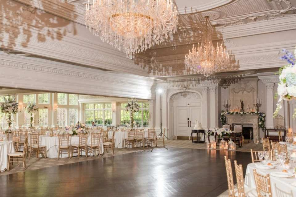 Wide angle shot of the ballroom at the Park Savoy Estate