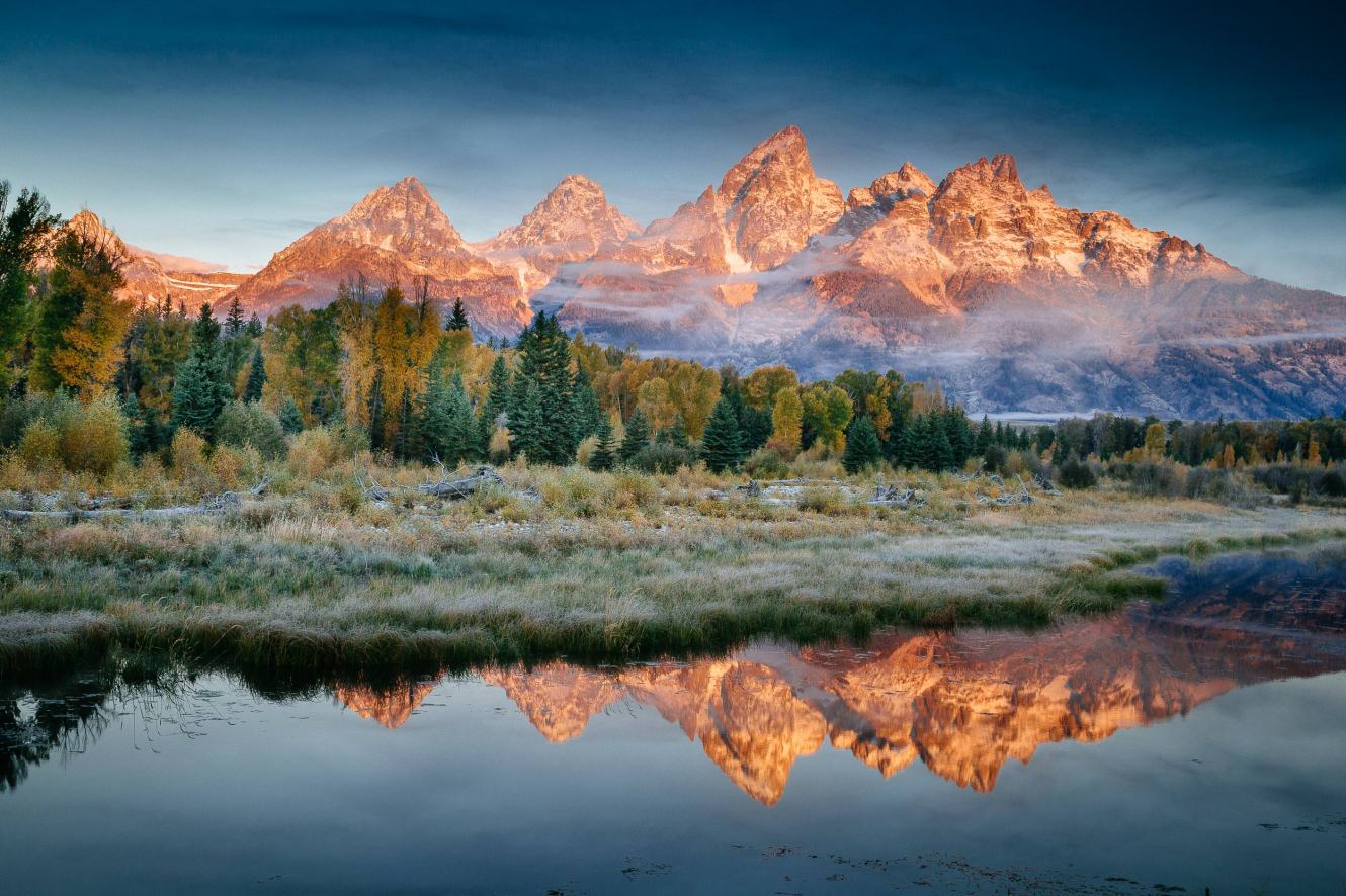 Teton Photo Adventures - Autumn Water Edge Reflection Sunrise