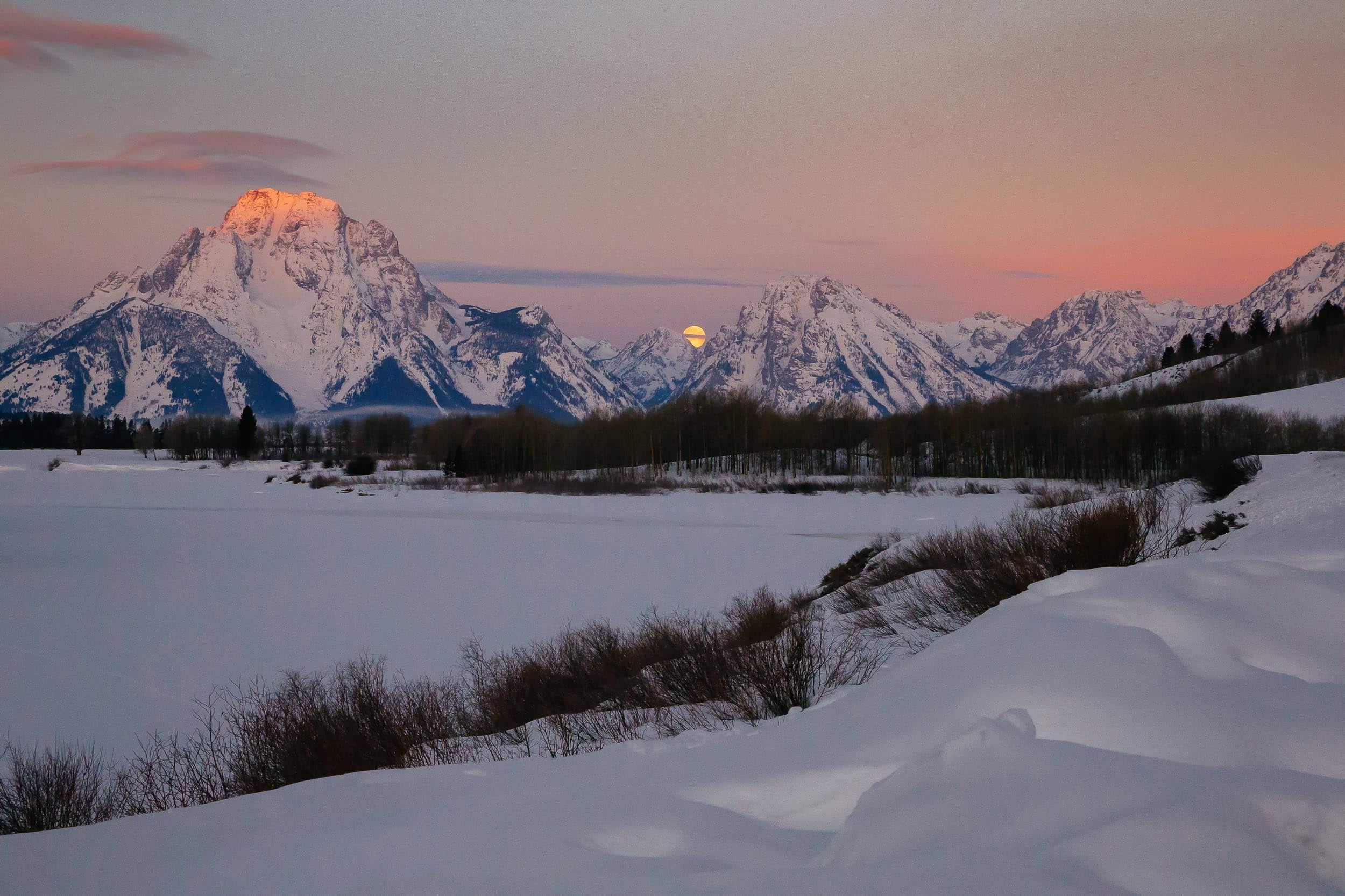 Teton Photo Adventures - Sunrise Moonset Wyoming Winter Mountains