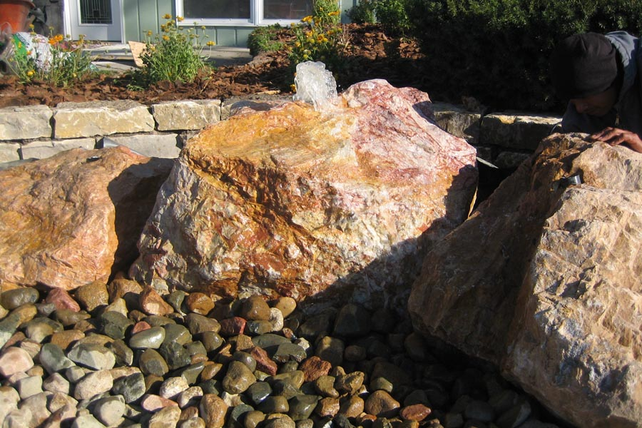Single Wall Water Feature