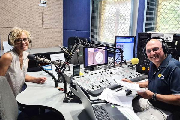 Jaynie-Morris-Interview-on-CoastFM-887