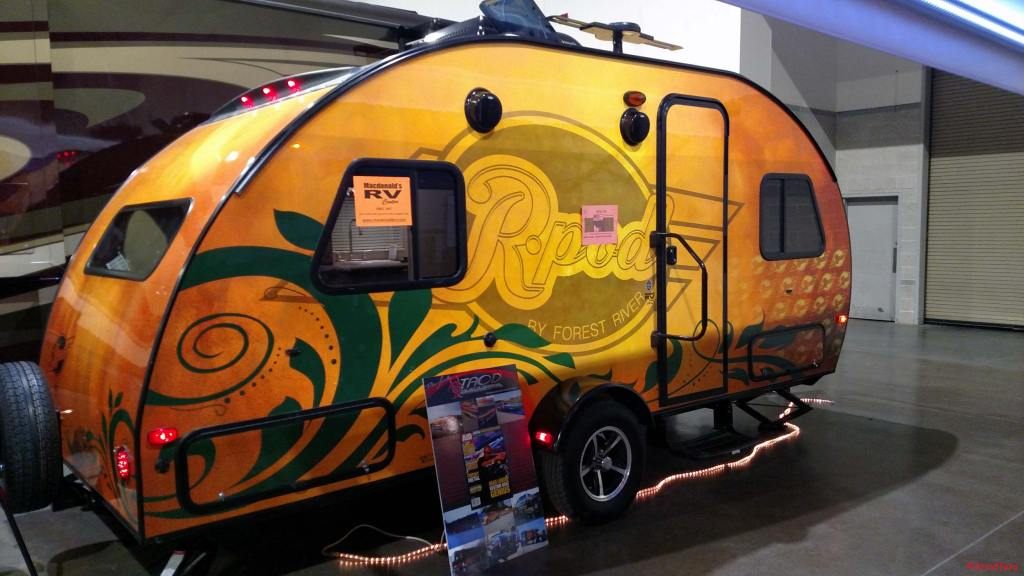 R-pod Midwest RP-178, custom painted by artist Dean Loucks!