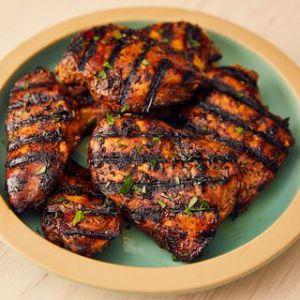 Mango BBQ Chicken w/ Cheddar Mac 'n Cheese, Broccoli Garnish (for 1)