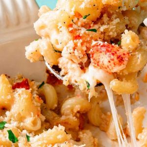 Lobster and Shrimp Mac n' Cheese with Gruyere and Cheddar (for 1)