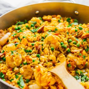 Spanish Paella with Shrimp, Chicken and Chorizo (for 1)
