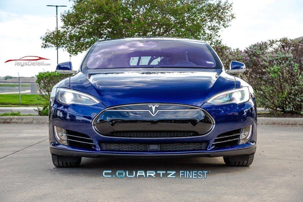 Tesla 70D