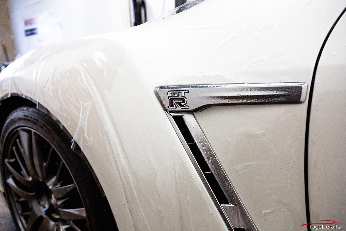 Nissan GTR Full Fender 2