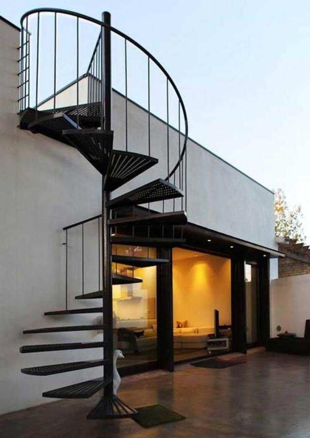 Iron outdoor Spiral Staircase