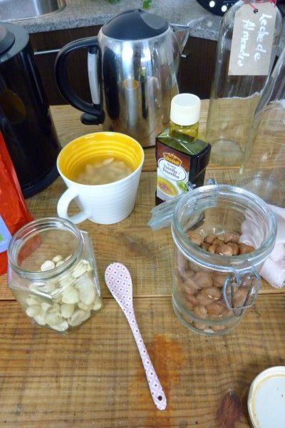leche-de-almendras-receta-beneficios-propiedades-como-hacer-ecológica-2
