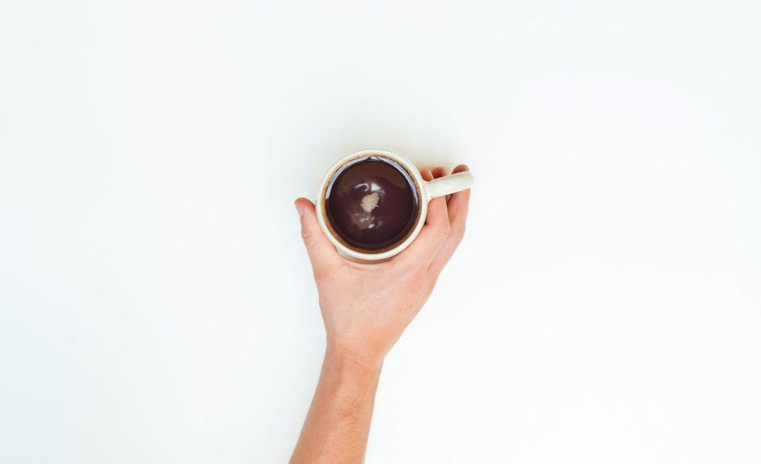 3-ingredients-muffins-sanos-de-chocolate-