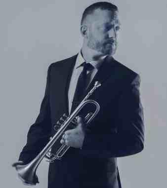 Jason Klobnak (USA)