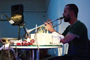 Automatický improviizační orchestr v mlýnci krásy a děsu
