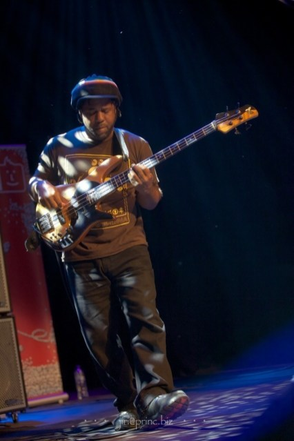 Victor Wooten Band with Krystal Peterson in Palác Akropolis in Prague