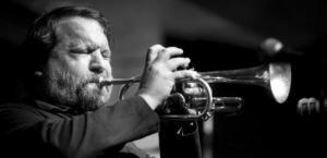 Jedovaté free-jazzové myšlenky léčivé a povznášející