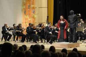 Anda-Louise Bogza se představila v Hradci Králové samostatným koncertem