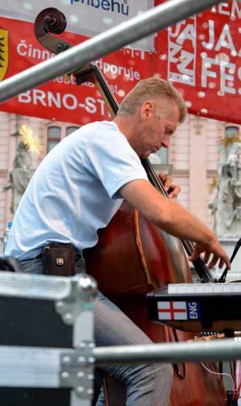Martin Marinčák-bass