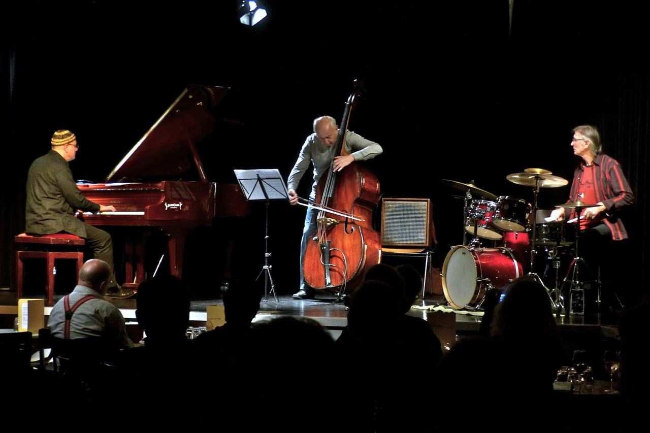Trio MUH