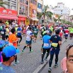 NAHAマラソン at 国際通り