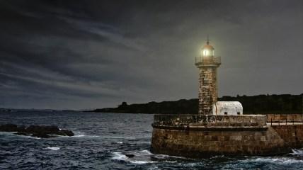 lighthouse-2028507_960_720