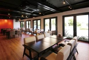 朝と夜は朝食・夕食会場として、昼はカフェラウンジとしてご利用いただけるカフェ。美味しい珈琲と手作りスイーツが絶品だと評判を呼んでいる