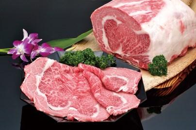 松阪牛はもちろん、豚肉や鶏肉も、吟味されたおすすめのものが揃う