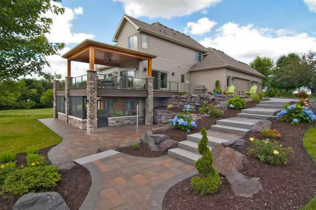 Beautiful Backyard Remodeling Ideas for Summer Fun! on Small Backyard Renovation Ideas id=36955