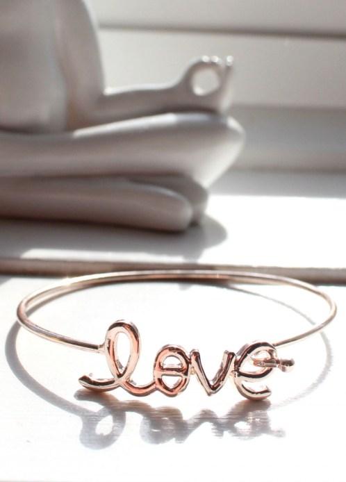 """""""Love"""" bracelet, Preloved"""