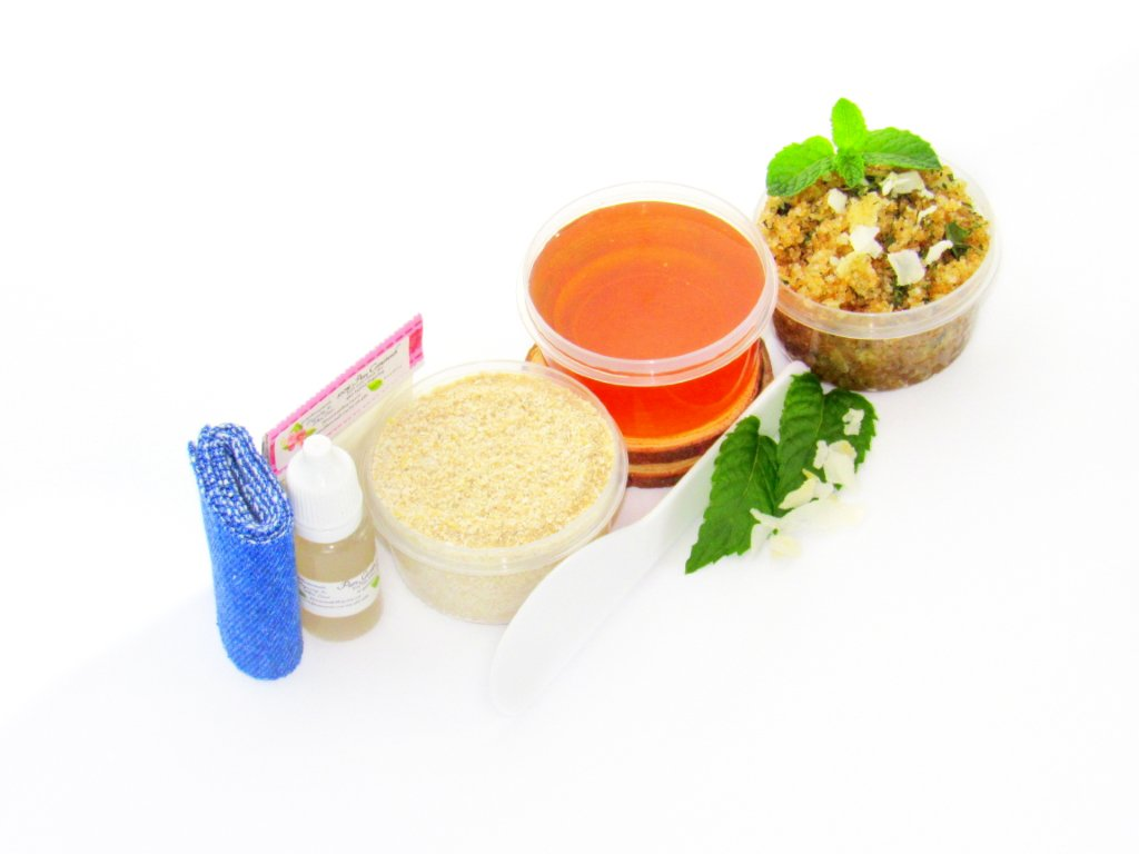 Sugaring Wax Hair Removal Starter Kit with Oatmeal Scrub and Peppermint  Coconut Sugar Scrub - thinner hair