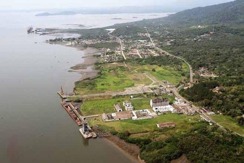 Governador assina contrato de arrendamento de R$20 milhões no Porto de Antonina 2